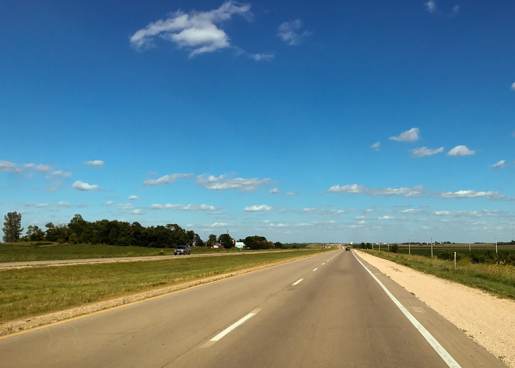 Midwest road trip on Falcondale life blog. Open road, USA.