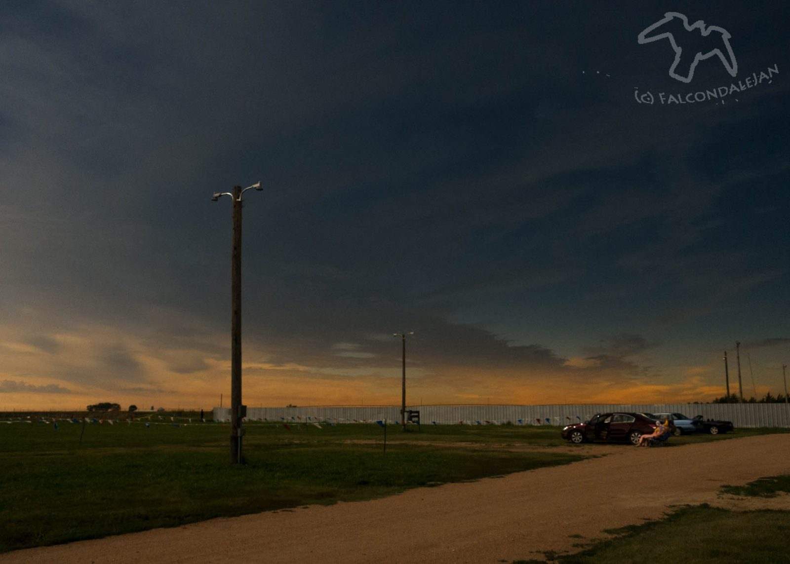 Story and photos of our family trip to see totality of the 2017 solar eclipse, Nebraska USA. How we did vacation planning, eclipse chasing and camera setup.