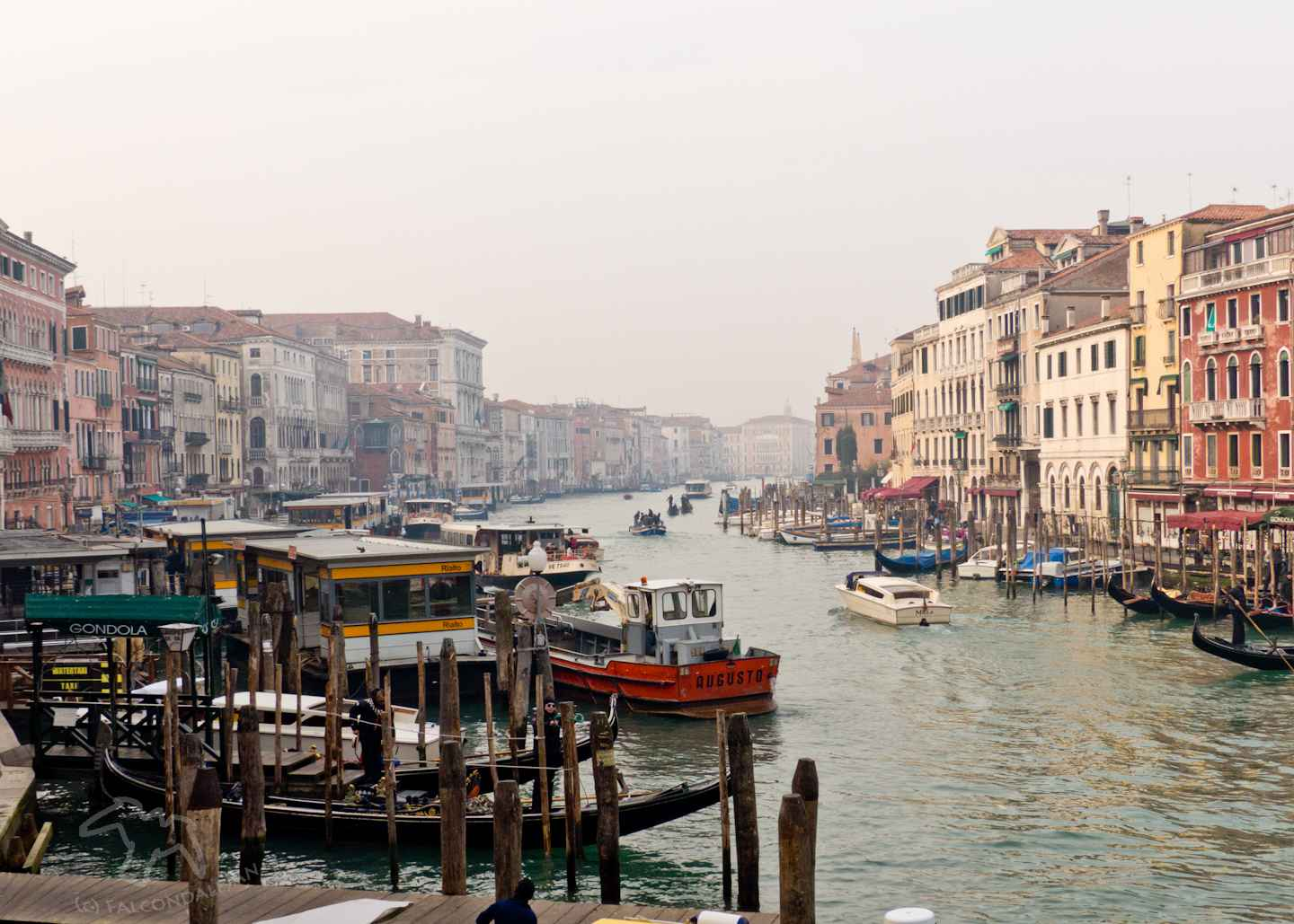 Can parents find romance in Venice with kids in tow or is it best to go without the children? Tips for Mums and Dads visiting the world's most romantic city. Plan a romantic trip to Venice with kids in tow on Falcondale Life blog. Image description: Venice grand canal in winter