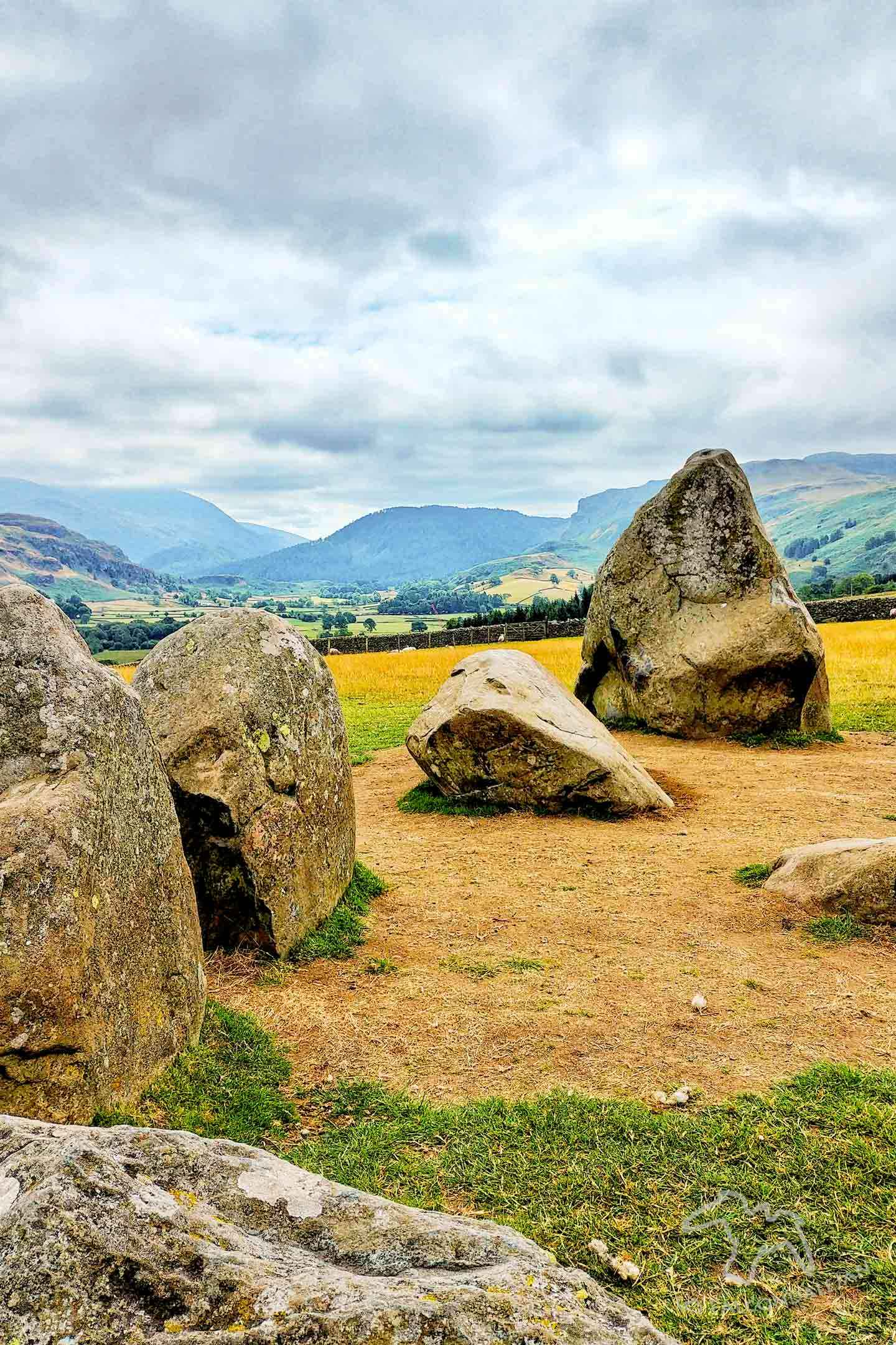 I only had my phone and 15 minutes, so how did I get some nice photos of Castlerigg Stone Circle in the Lake District? Photography tips and visitor info. Taking photos at Castlerigg Stone Circle in the Lake District on Falcondale Life blog. Image description: part of Castlerigg in the Lakes.